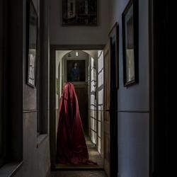 Woman in Huis te Warmond (II)-60x90cm