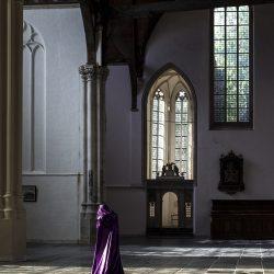 Güler Ates, Purple, Oude Kerk Amsterdam, 2016, 19x25,5cm