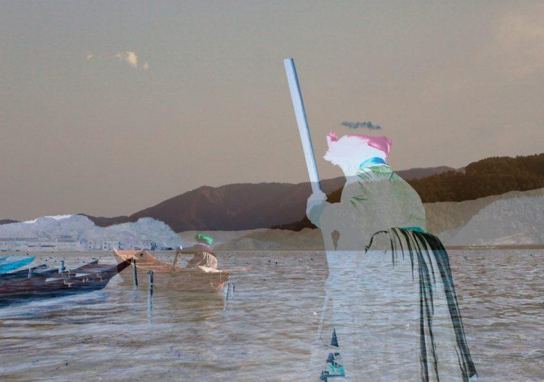 jpeg-boatswoman-lugu-lake